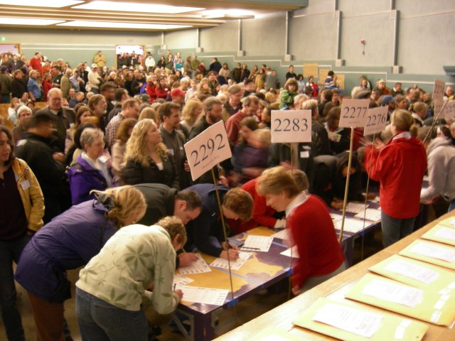 2008_Wash_State_Democratic_Caucus_03